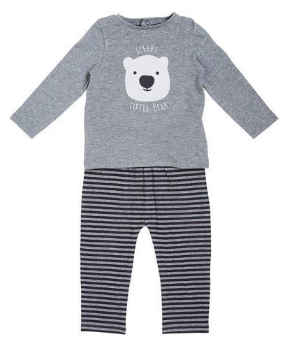 Grauer Pyjama